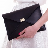 Envelop clutch - Black